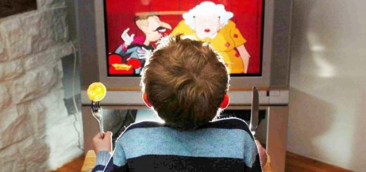 Watching-TV-screens-increases-appetite